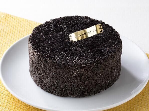 黒いレアチーズケーキ