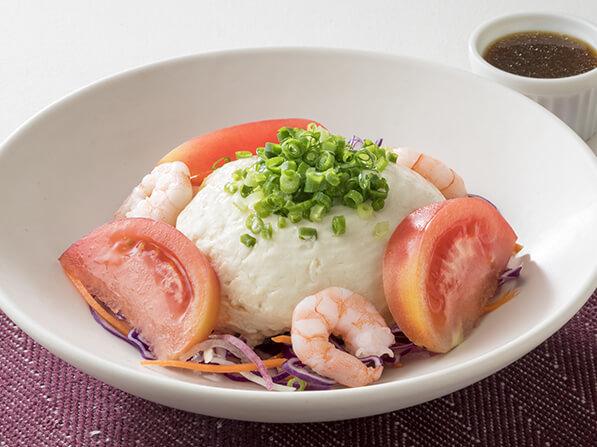 おぼろ豆腐と海老の和サラダ